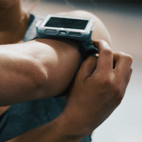 trainr pro workout cases for iPhone and galaxy with arm band